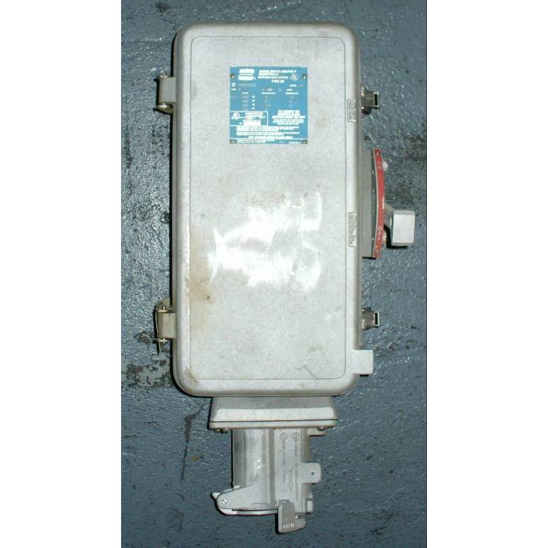 Crouse-Hinds 30 Amp WSR3352 Fusible Interlocked Arktite Receptacle