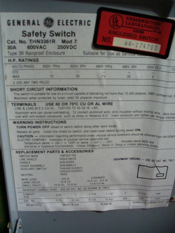 Click to see larger image - General Electric 30 Amp THN3361R Non-Fusible Safety Switch