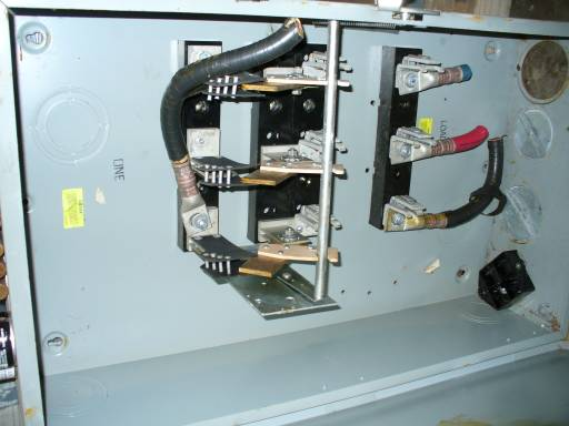 Click to see larger image - General Electric 400 Amp Fusible Safety Disconnect Switch TG4325B