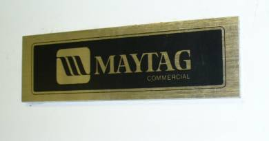 Click to see larger image - Maytag Large Capacity Commercial Natural Gas Drying Machine