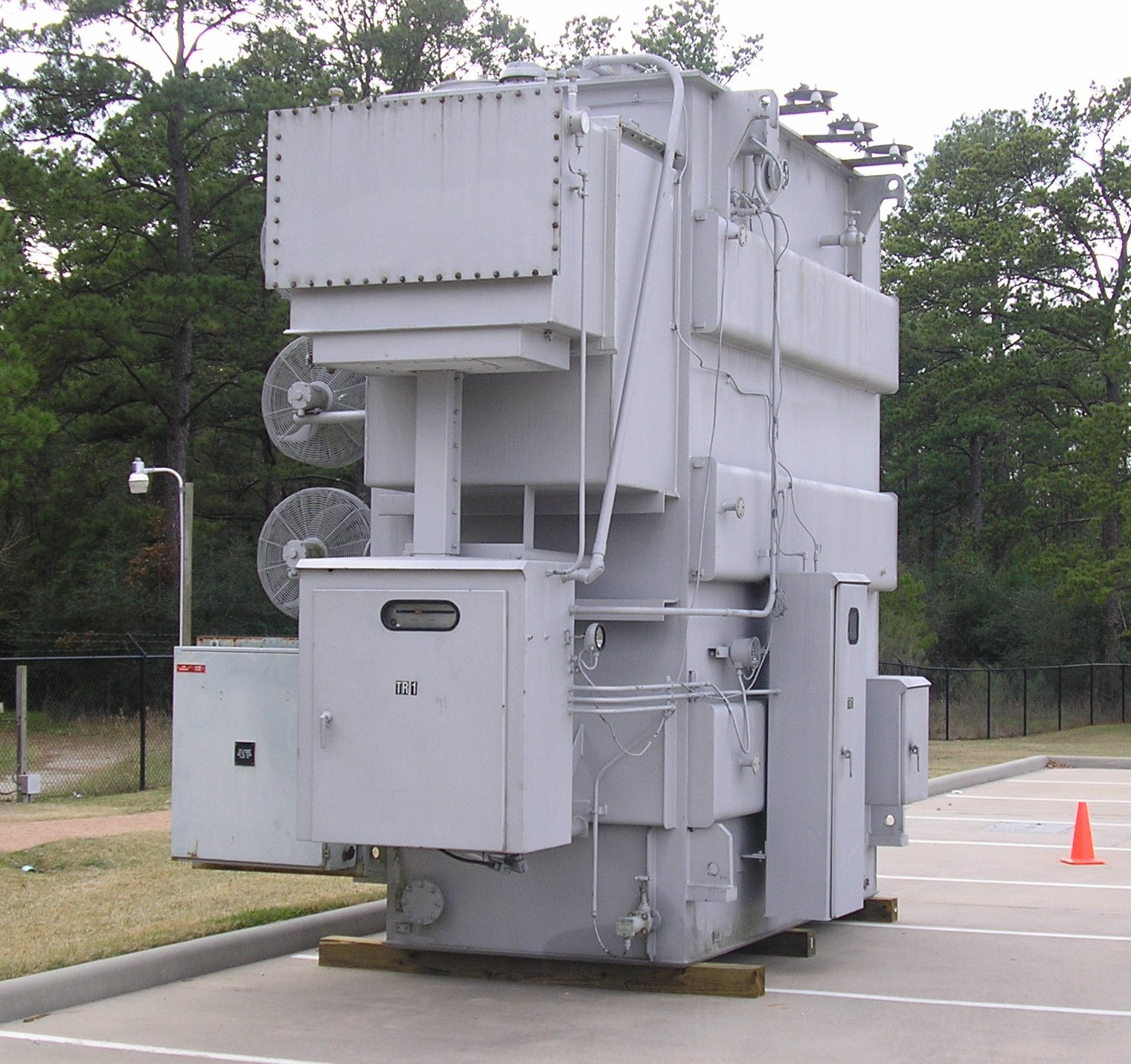 Federal Pacific Electric FPE 25 / 33 / 47 MVA Load-Tap Changing Substation Transformer